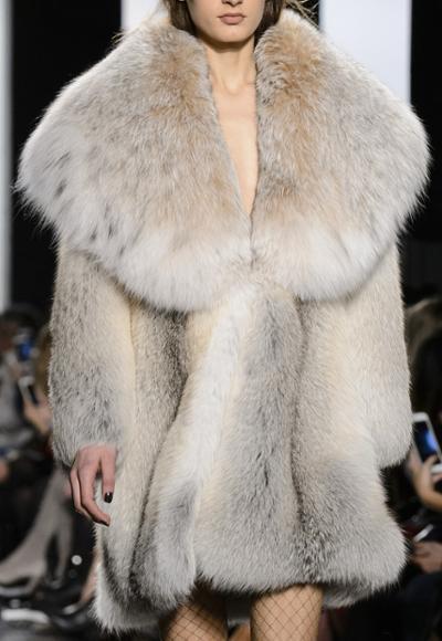 womens-fashion-outfit-winter-coats-fur