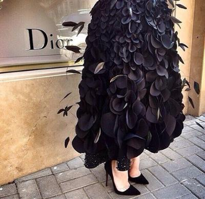 womens-fashion-ideas-black-leather-feathers-all-black