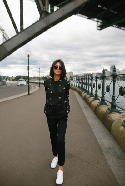 womens-fashion-ootd-florals-all-black-chic-sunglasses