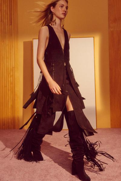 womens-fashion-ideas-fringe-suede-all-black