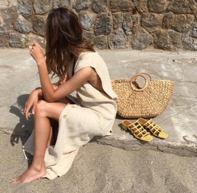 womens-fashion-photography-yellow-beige