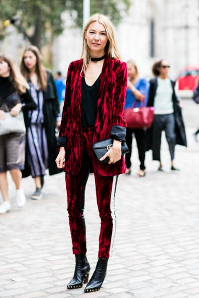 womens-fashion-ideas-red-black-velvet-studs