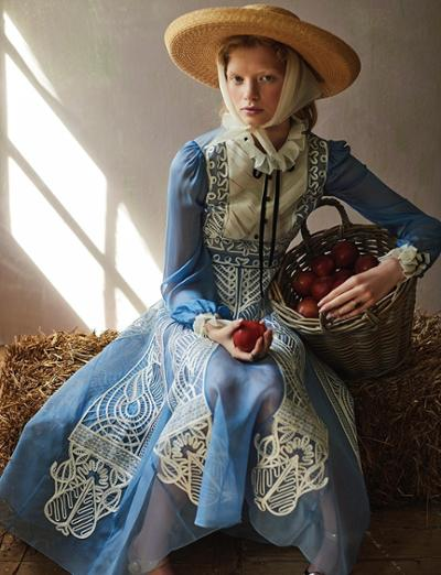 womens-fashion-inspiration-blue-lace-silk-and-satin