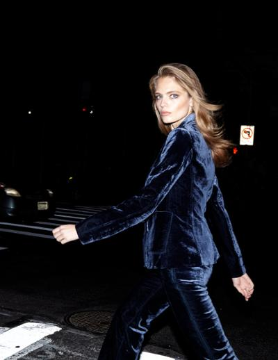 womens-fashion-outfit-blue-velvet