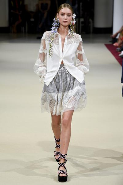 womens-fashion-look-blue-white-lace-stripes