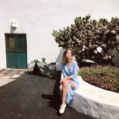 womens-fashion-ootd-blue-white
