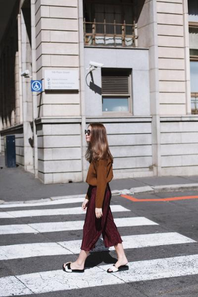 womens-fashion-ideas-brown-burgundy