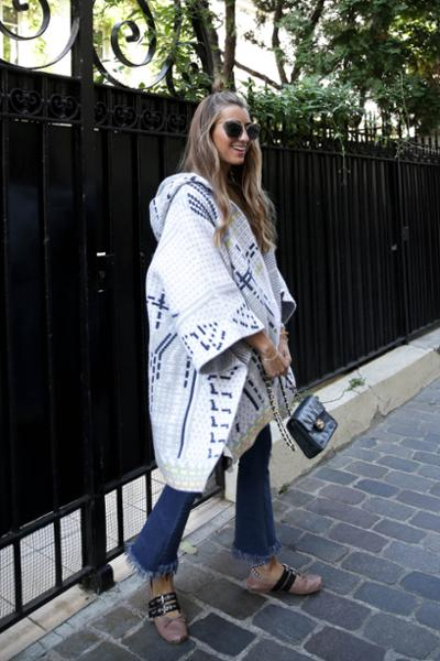 womens-fashion-look-capes-and-ponchos