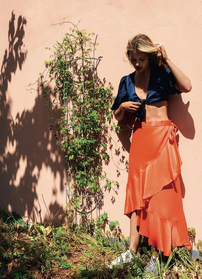 womens-fashion-inspiration-orange-navy-crop-tops