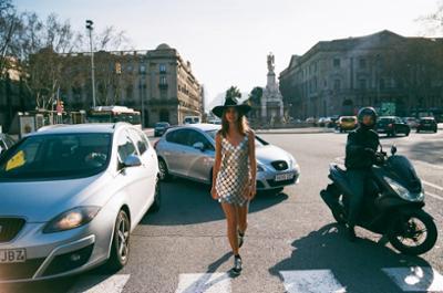 womens-fashion-ootd-silver-fedora-hats