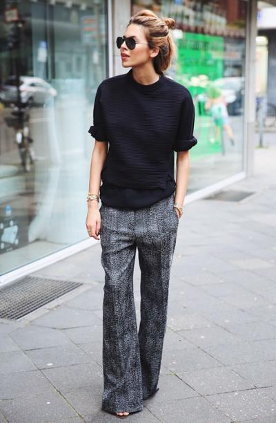 womens-fashion-photography-black-grey-plaid-flared-pants