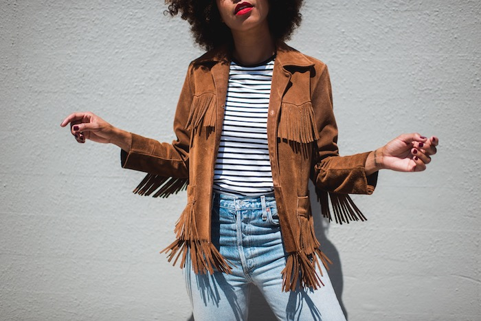 womens-fashion-outfit-fringe-stripes