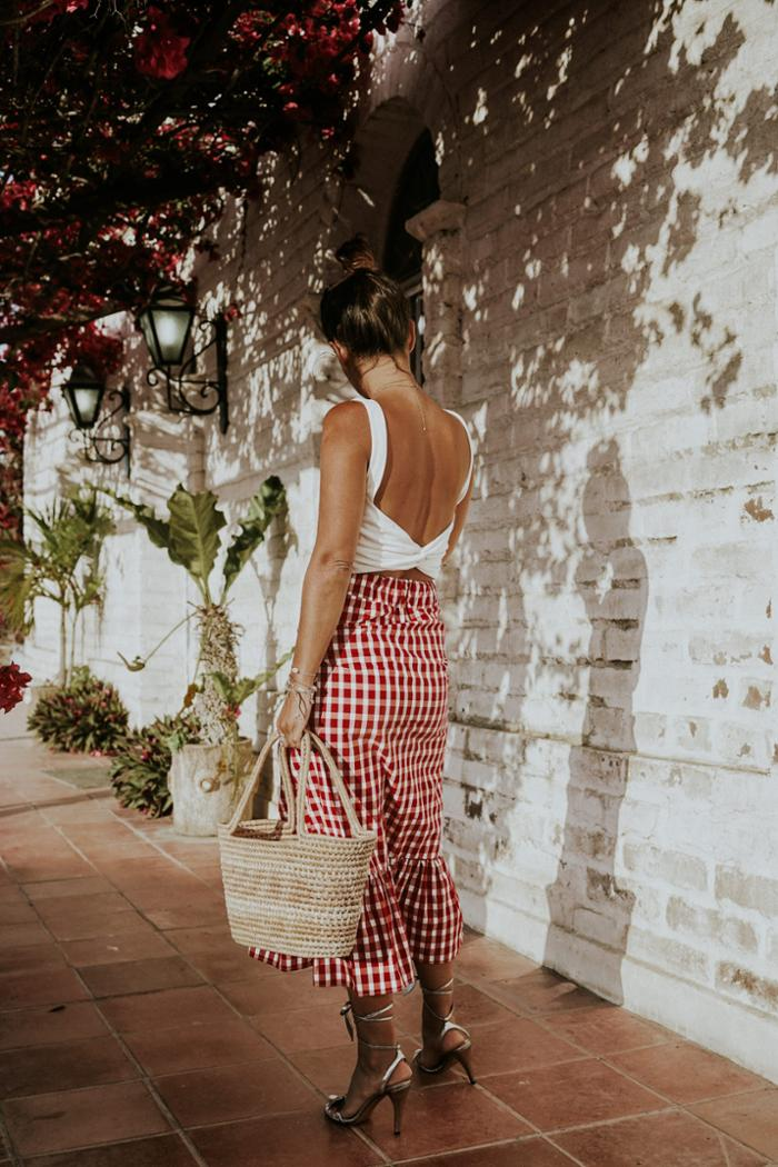 womens-style-inspiration-red-white-laces-and-straps-long-skirts