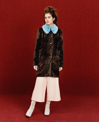 womens-fashion-photography-pink-fur-multicolor