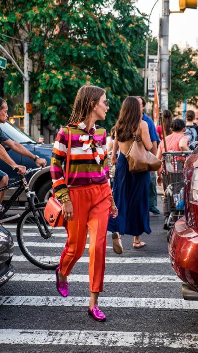 womens-fashion-ideas-pink-orange-stripes
