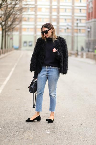 womens-fashion-outfit-denim-puffer-coats-fuzzy