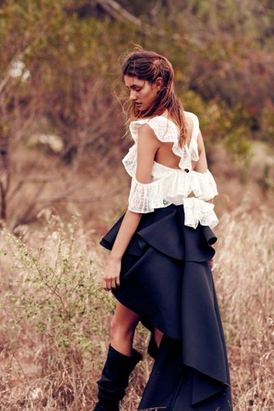 womens-fashion-outfit-ruffles-black-and-white-tall-boots