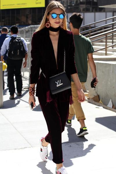 womens-fashion-ootd-velvet