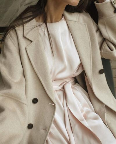 womens-fashion-inspiration-winter-coats-pastels-beige-silk-and-satin