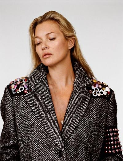 womens-fashion-ootd-winter-coats-embroidery-black-and-white