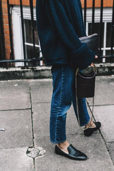 womens-fashion-look-blue-black-chains-all-black