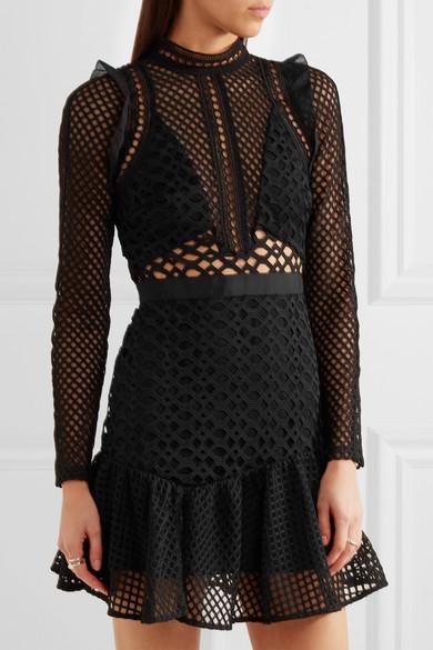 womens-fashion-look-black-mesh-all-black