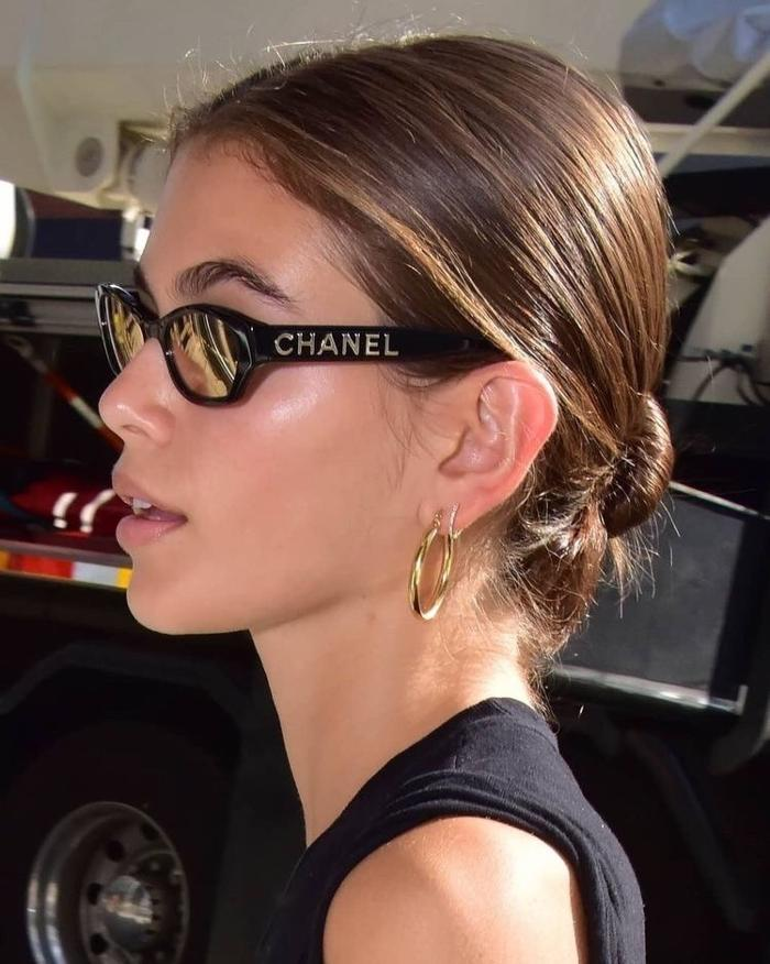womens-fashion-look-gold-all-black-chic-sunglasses