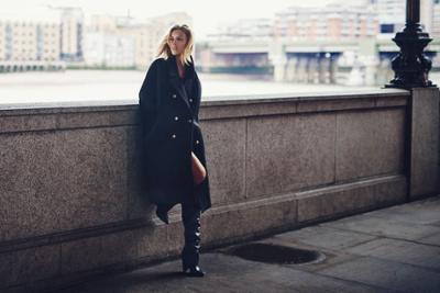 womens-fashion-inspiration-winter-coats-tall-boots-all-black