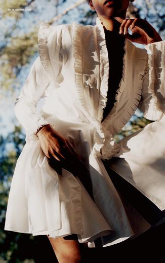 womens-fashion-look-ruffles-all-white