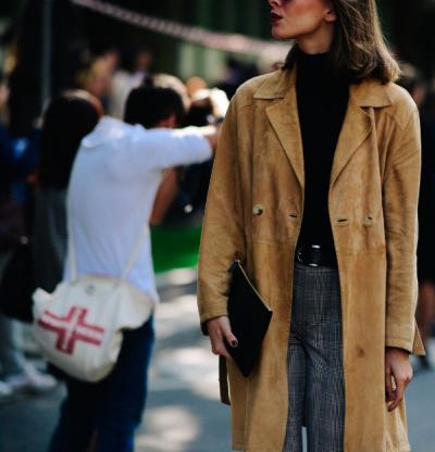 womens-fashion-ideas-black-beige-suede