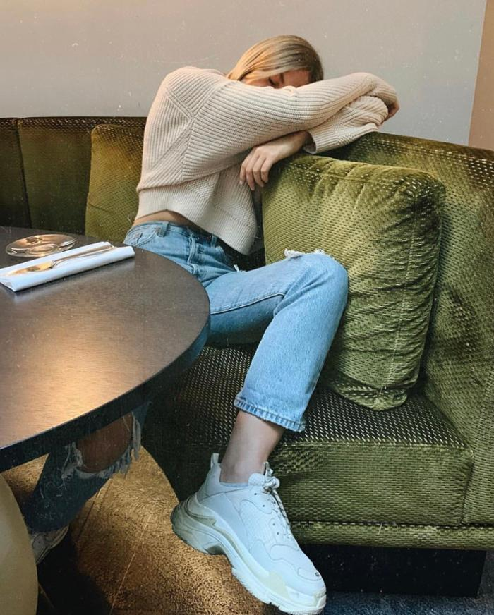 womens-fashion-inspiration-denim-beige