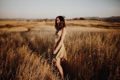 womens-fashion-inspiration-beige