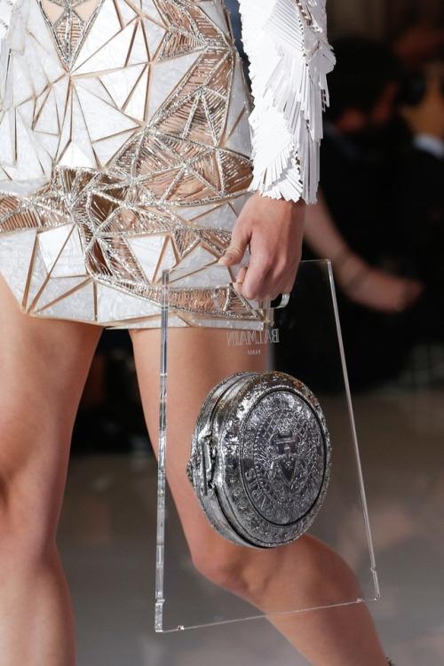 womens-fashion-ideas-big-jewelry