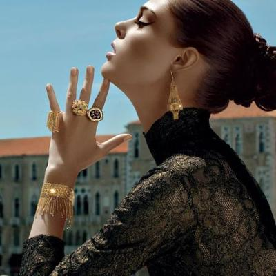 womens-style-inspiration-big-jewelry-turtlenecks