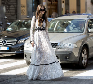 womens-fashion-outfit-florals-lace-black-and-white-chic-sunglasses