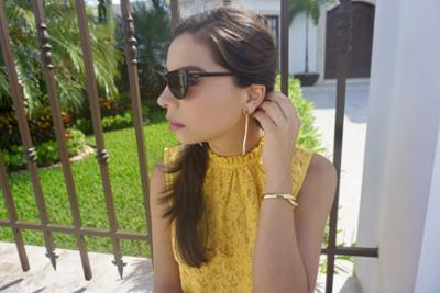 womens-fashion-ideas-yellow-gold-lace-chic-sunglasses