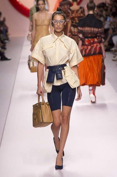 womens-style-inspiration-sportswear-chic-sunglasses