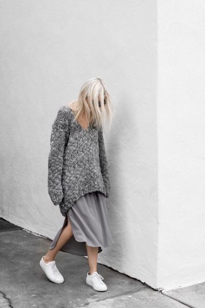 womens-fashion-photography-grey-sportswear-long-skirts