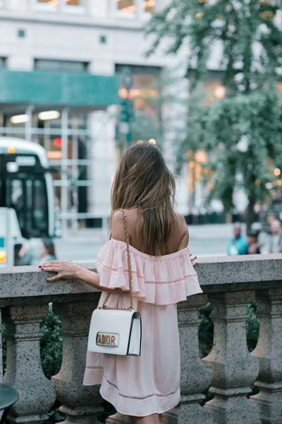 womens-fashion-ideas-pink-ruffles