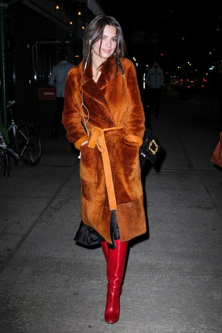 womens-fashion-ideas-red-brown-fur-tall-boots