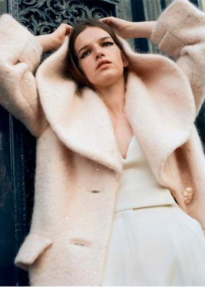 womens-fashion-inspiration-winter-coats-pink-white