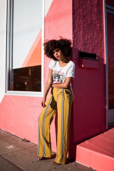 womens-fashion-ideas-yellow-stripes