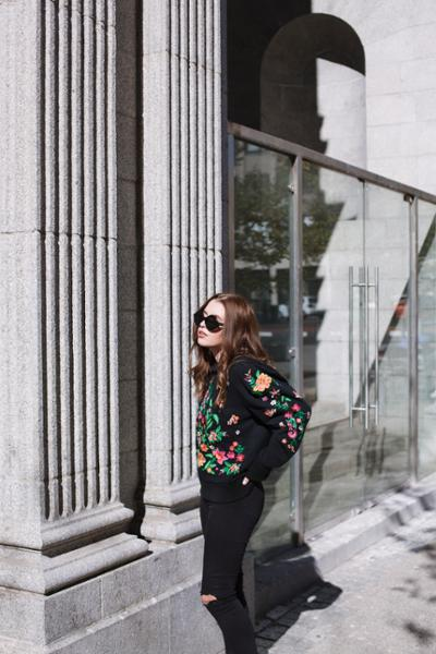 womens-fashion-ideas-florals-all-black