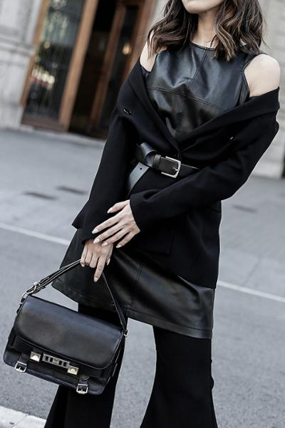 womens-style-inspiration-all-black