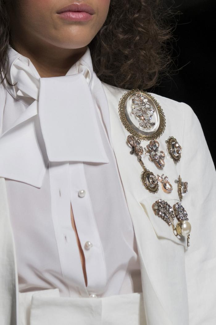 womens-fashion-inspiration-masculine-studs-big-jewelry-all-white