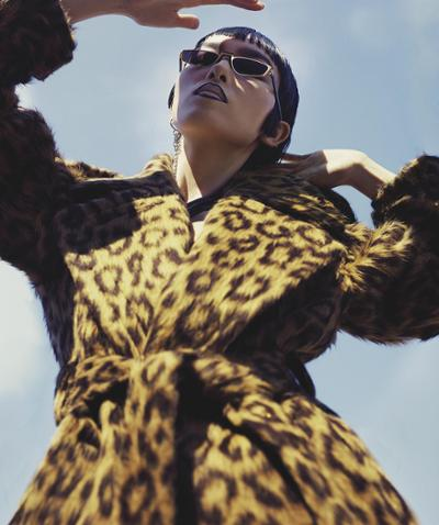 womens-fashion-photography-winter-coats-animal-chic-sunglasses-fuzzy