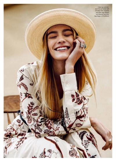 womens-fashion-ideas-fedora-hats-prints-big-jewelry-bright-colors