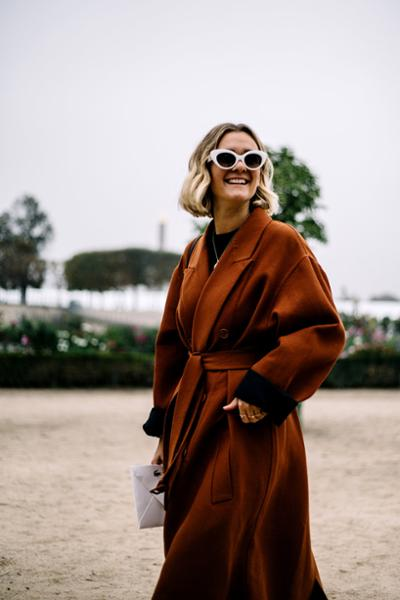 womens-fashion-ideas-winter-coats-brown-big-jewelry-chic-sunglasses