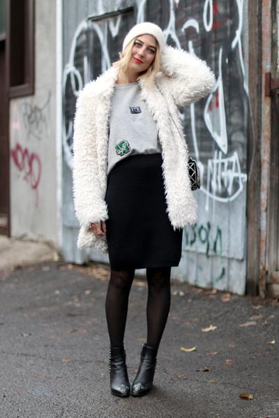 womens-fashion-ootd-black-and-white-fuzzy