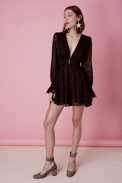 womens-fashion-outfit-black-lace